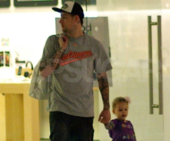 Slide Picture of Joel Madden and Harlow in LA