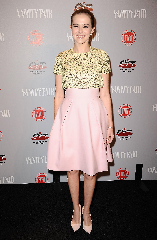 Vampire Academy star Zoey Deutch was pretty in pink.
