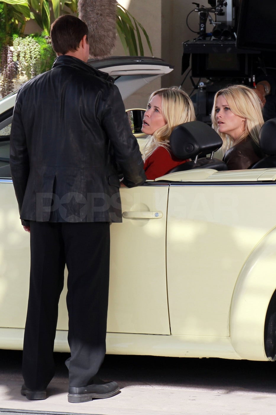 Chelsea Handler drove her friend Reese Witherspoon along.