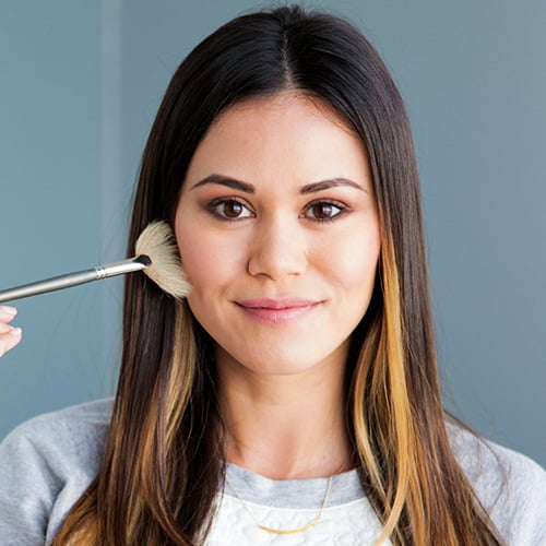 How to Contour to Look Skinnier