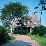On the Market: Grey Gardens For Summer Rental