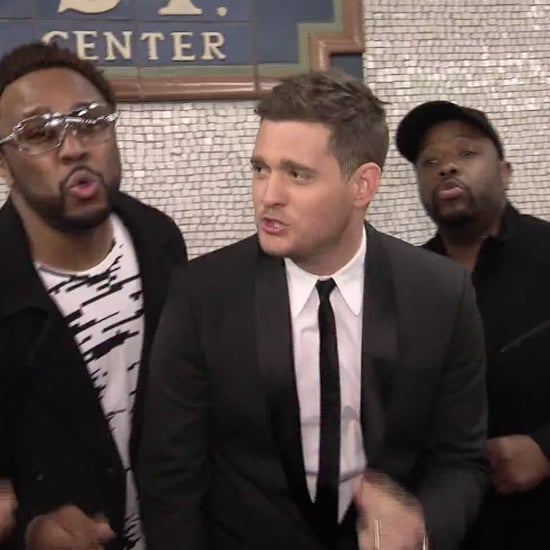 Michael Bublé Singing in the Subway   Video