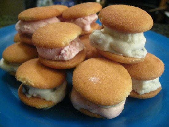 Summer of Sandwiches: Strawberry & Banana Ice Cream and Nilla Wafers