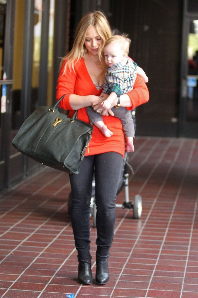 Hilary Duff and Luca Comrie left a class.