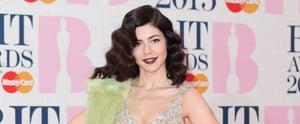 Copy Marina and the Diamonds' Easy, Girlie Festival Hair Bow