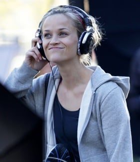 Pictures of Reese Witherspoon Wearing Skullcandy Headphones