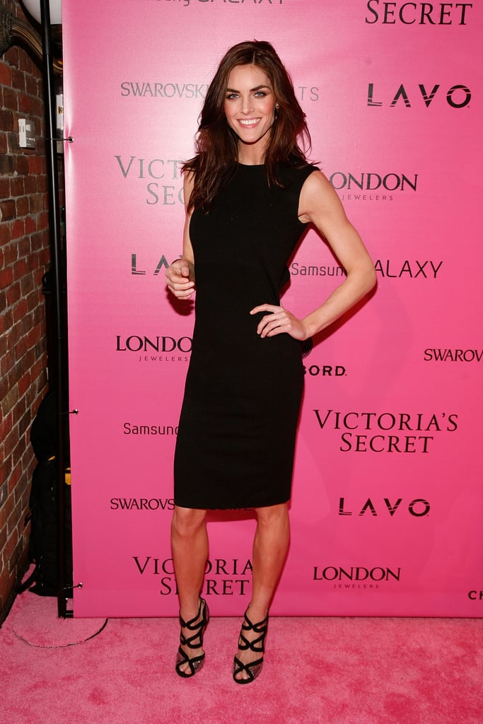 Hilary Rhoda kept it classic at the afterparty in slim LBD, which she dressed up with sexy heels.