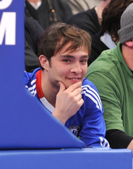 Pictures of Ed Westwick and Jessica Szohr at the NY Knicks Game 2010-12-16 15:30:00