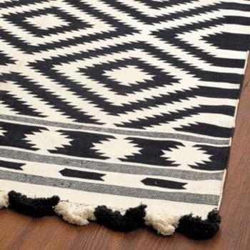 Nice and New: Ballard Designs Elina Dhurrie Rug