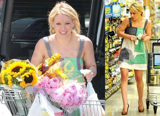 Photos of Hilary Duff Buying Sunflowers