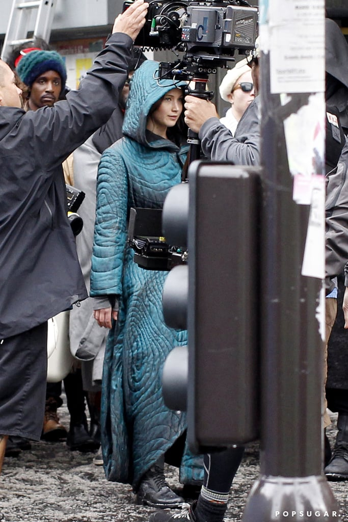 Jennifer got ready to film a scene in Paris.