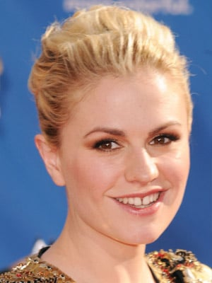 Anna Paquin: Emmys 2010 Hair and Makeup