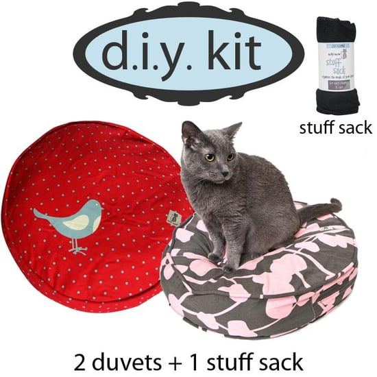 diy kit, romeo & juliet, round (2 cat duvets+1 stuff sack — $50)