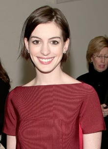 Anne Hathaway becomes Lancome spokesmodel