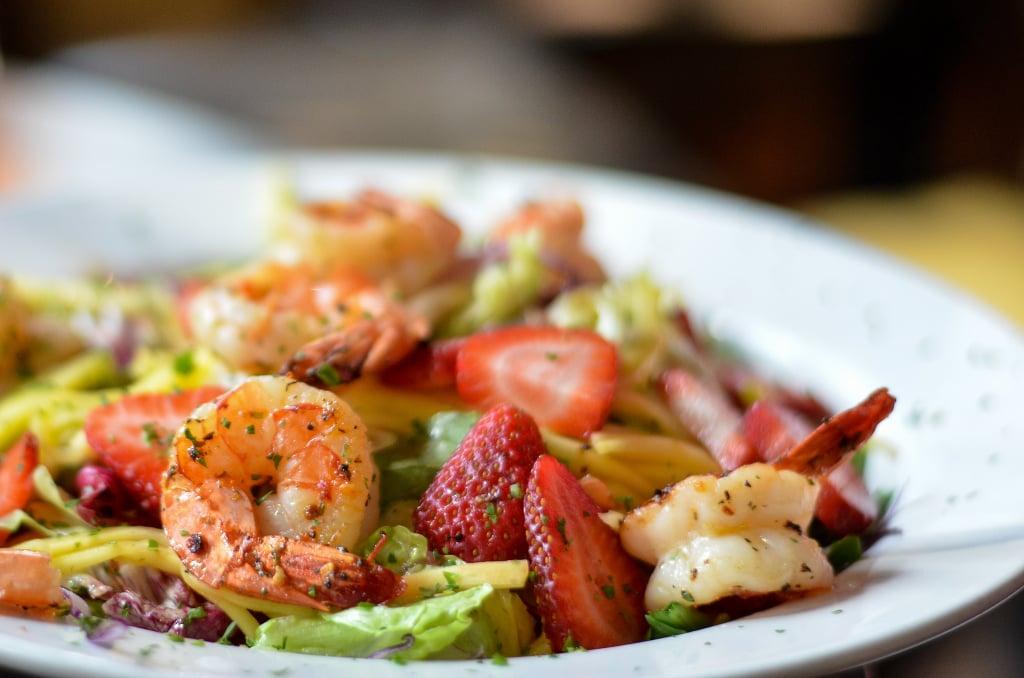 Tangy Shrimp and Mango Salad