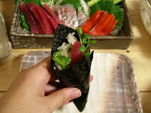 Yummy Link: Make Handrolls Like a Pro