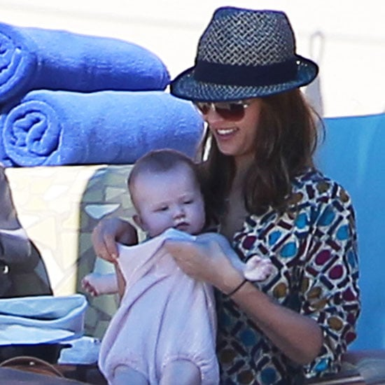 Jessica Alba at the Cabo Beach With Daughters Pictures