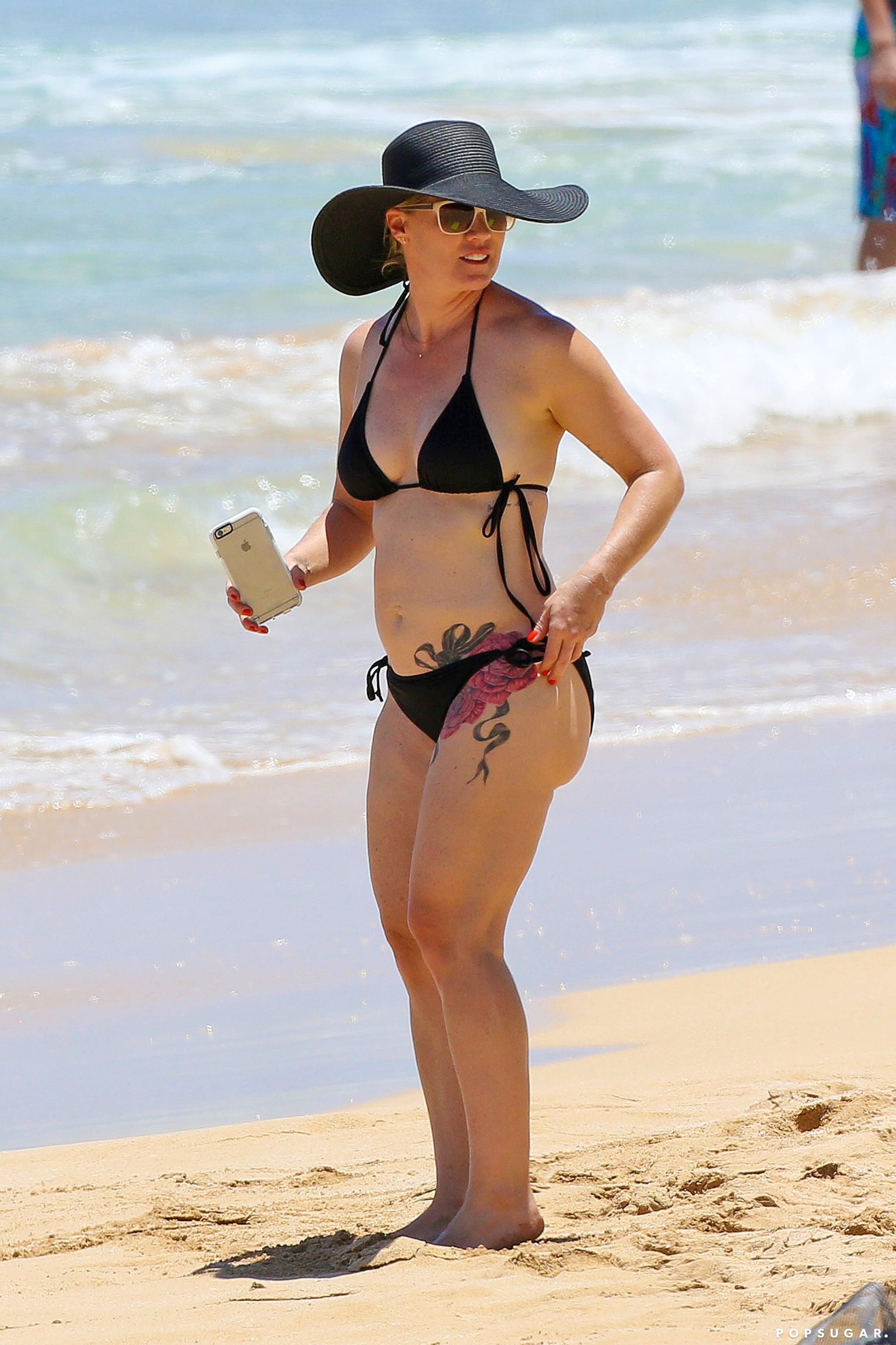 jennie garth bikini photos