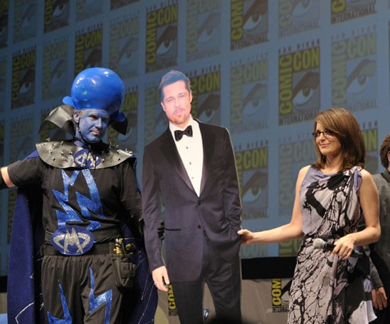 Slide Picture of Tina Fey and Will Ferrell With a Cutout of Brad Pitt at Comic-Con