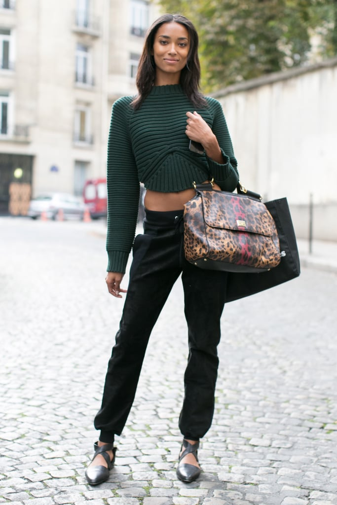 A perfect Fall crop and a bold bag.