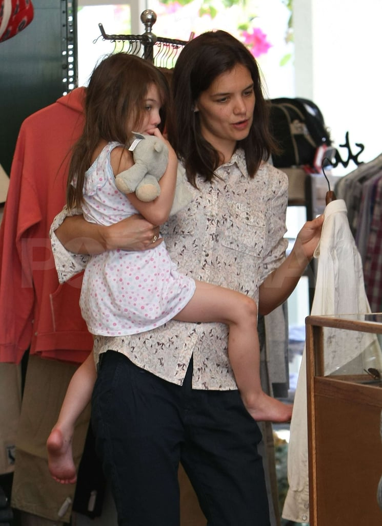 Pictures of Katie and Suri Shopping