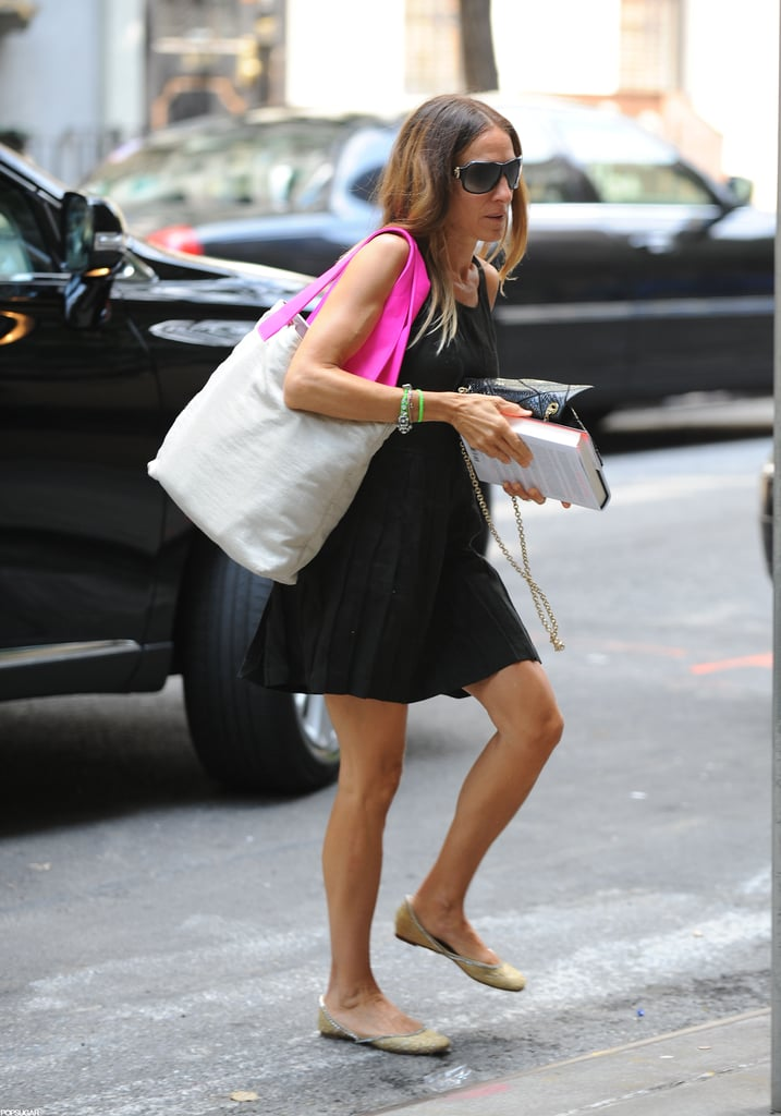Sarah Jessica Parker was in NYC with Gillian Flynn's Gone Girl in August 2012.