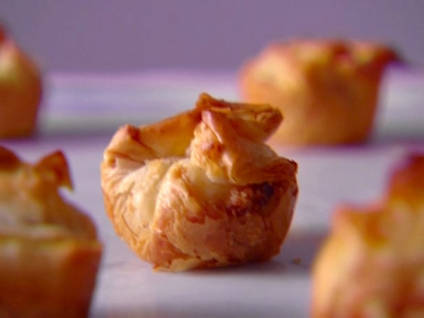 Crispy cheese filled phyllo bite appetizer recipe for Phyllo dough recipes appetizers indian