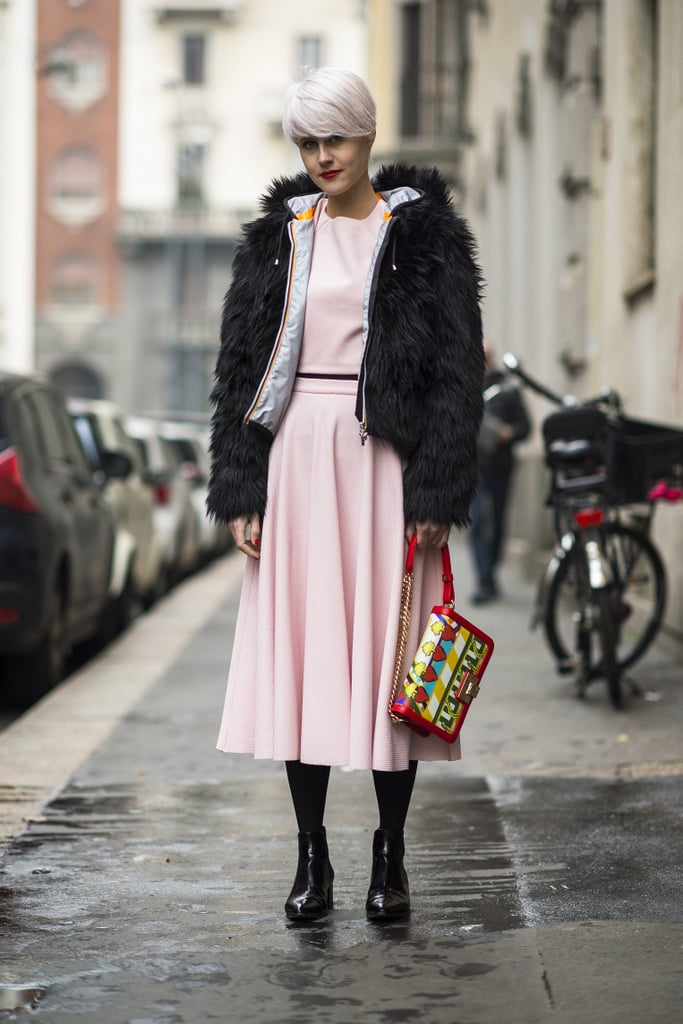 Petal pink goes surprisingly well with a dark fur, huh? Source: Le 21ème | Adam Katz Sinding