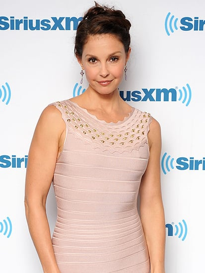 Ashley Judd Fights Twitter Hatred with Personal Essay, Tells Bullies to 'Kiss My Ass'