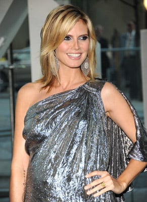 Lil Links: Even Heidi Klum Suffers Mommy Brain