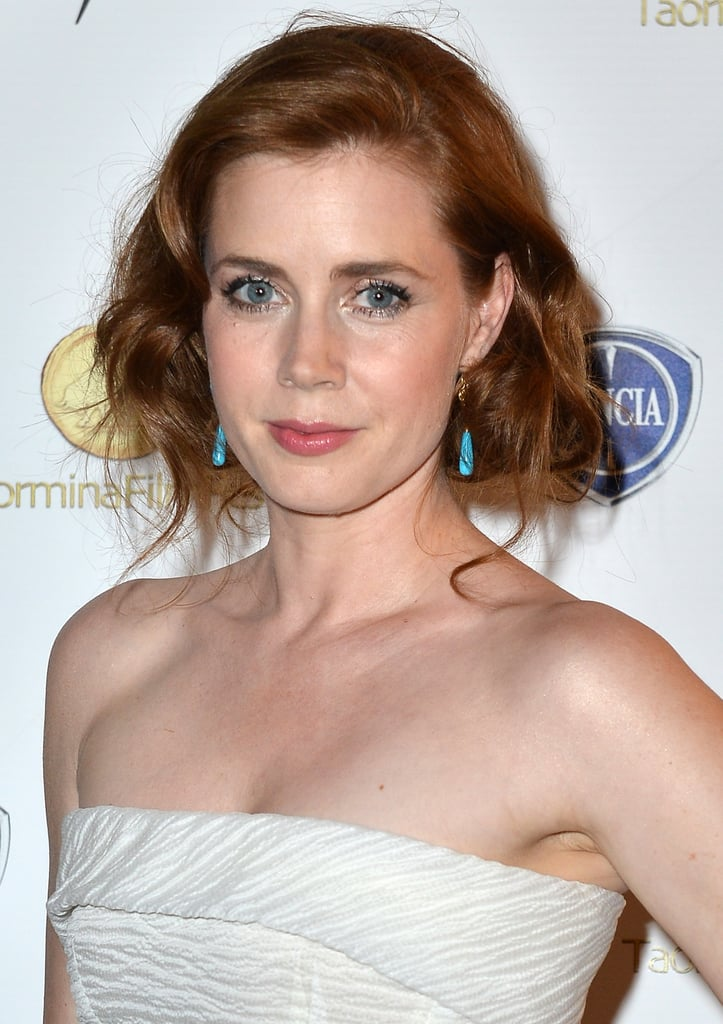By leaving a few strands to hang loose, Amy Adams' faux bob had a really soft, lived-in look.
