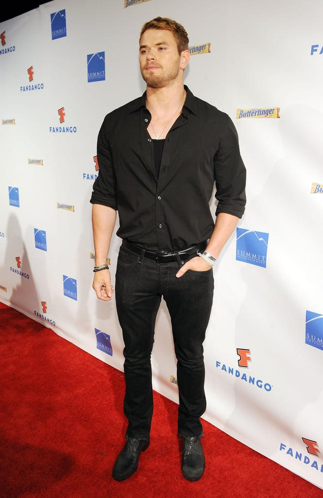 Kellan Lutz arrived on the red carpet in 2011.