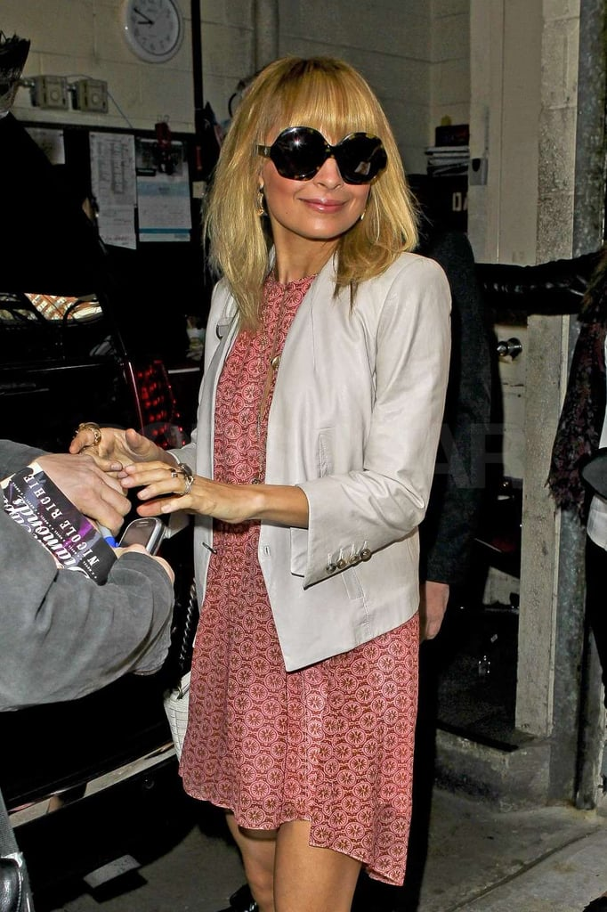 Nicole Richie stopped to say hi to fans.