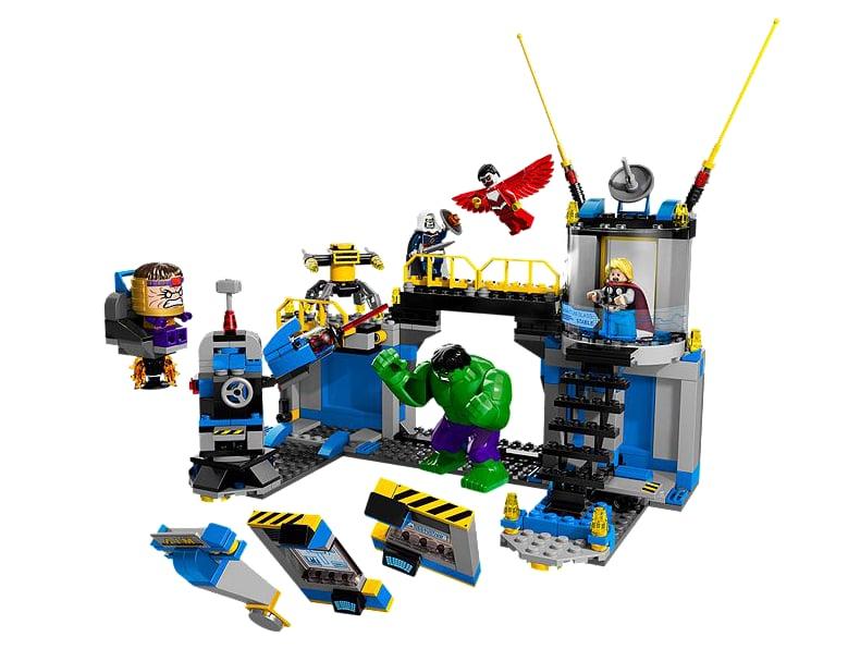 For 7-Year-Olds: Lego Hulk Lab Smash