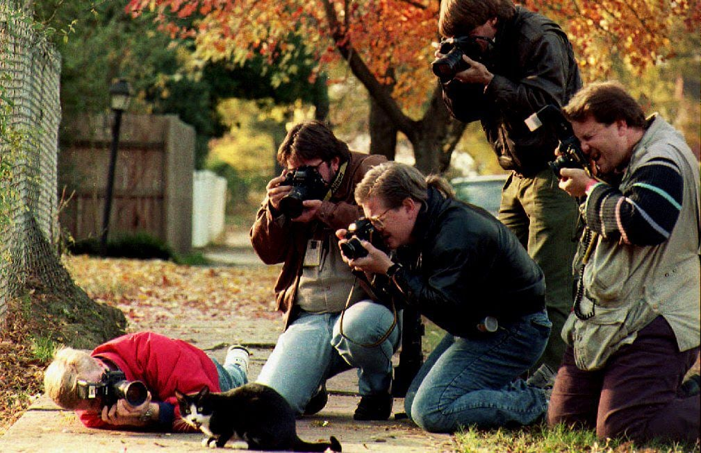 Ahh, the Paparazzi!