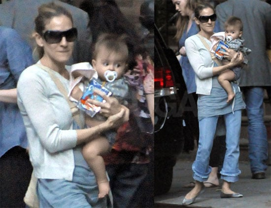 Pictures of Sarah Jessica Parker Holding a Twin in NYC