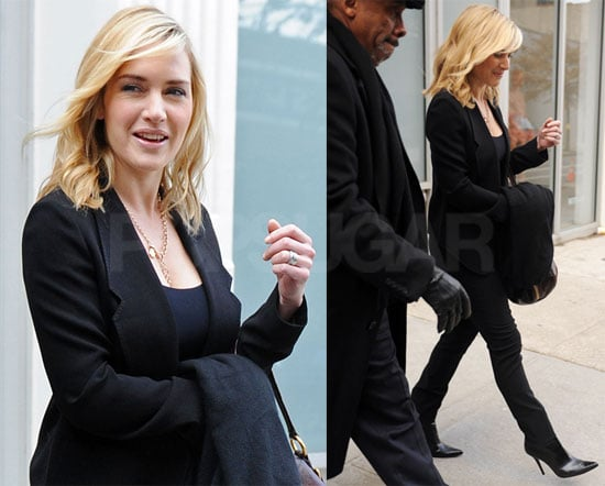 Photos of Kate Winslet in NYC 2009-01-08 16:30:11