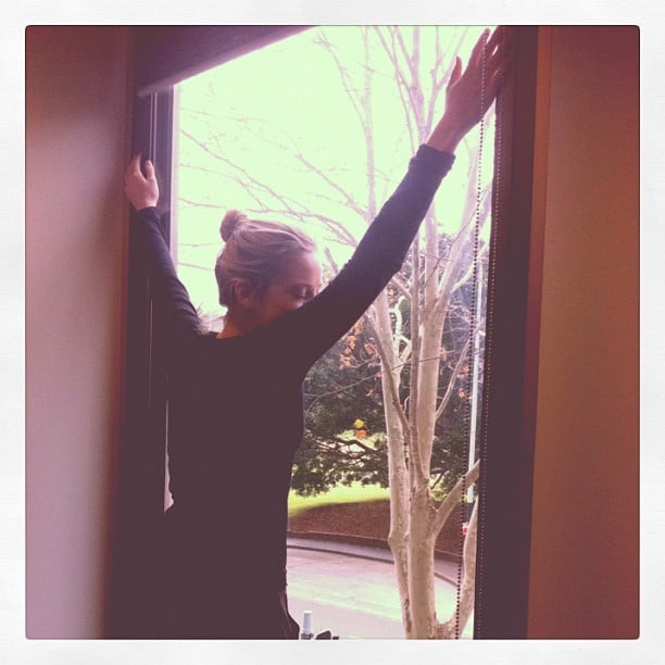 Sweet sunshine! New desk for Fabsugar ed Ali = cue hugging the window. As you do.