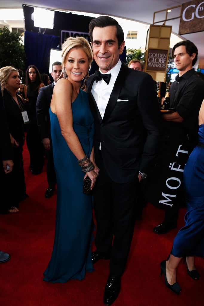Modern Family's Julie Bowen and Ty Burrell met up at the Golden Globes.