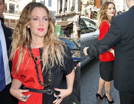 Pictures of Drew Barrymore Arriving at the Apple Store in London