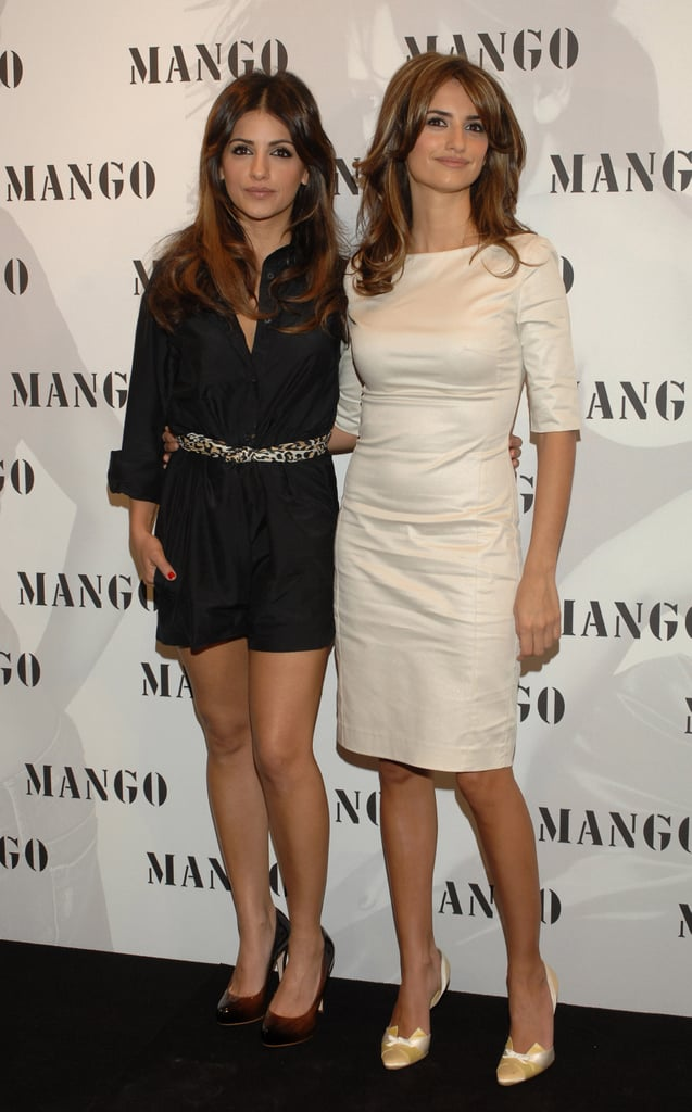 Penélope and Mónica Cruz