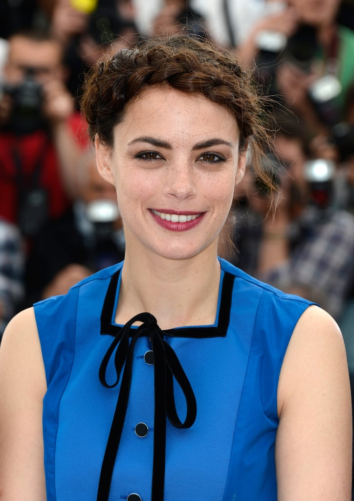Bérénice Bejo's oversize crown braid at the Le Passé photocall was an instant favorite.