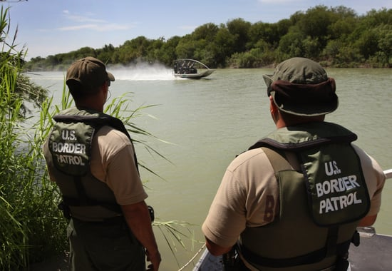 US Border Patrol to Poison Plants Along the Mexican Border
