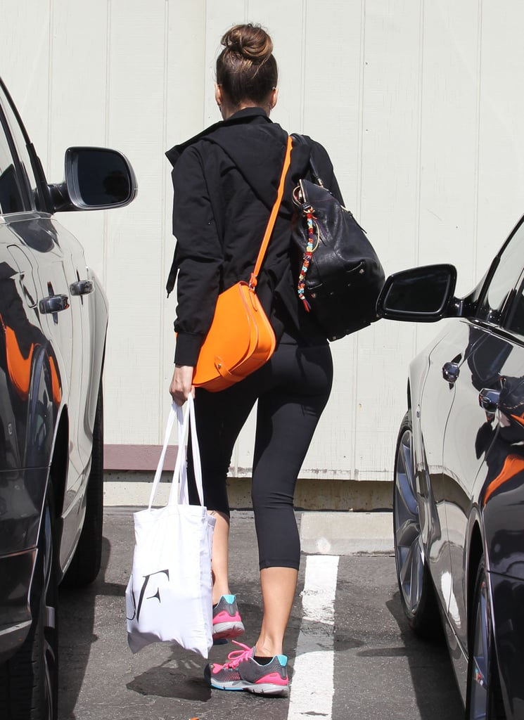 Jessica Alba toted a DVF shopping bag into her office in LA.