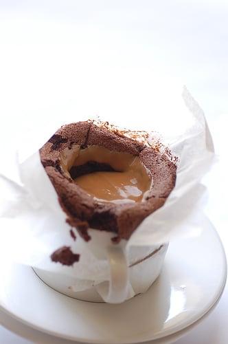 Yummy Link: Chocolate Soufflé With Dulce de Leche