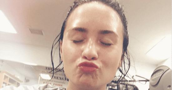 Demi Lovato's No Makeup Gym Selfie Is Your Monday Motivation