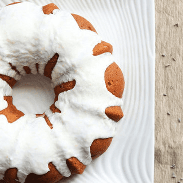 How to Remove a Bundt Cake From the Pan
