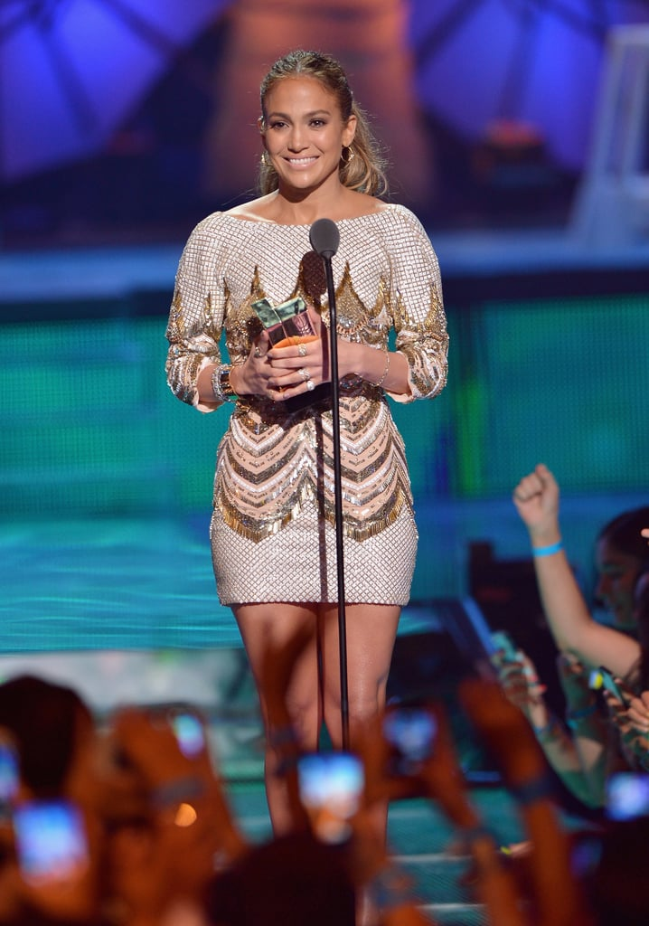 Jennifer Lopez performed and accepted an award at the Premios Juventud event.