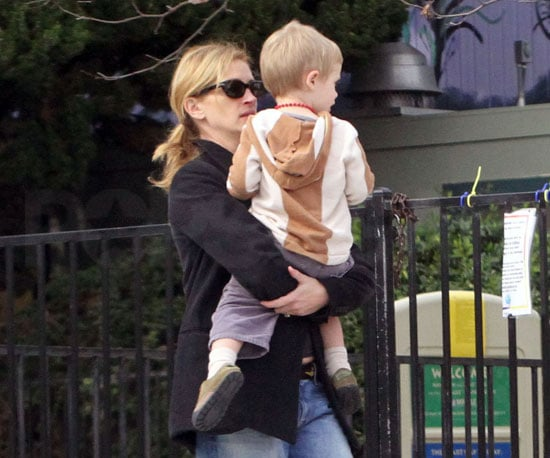 Slide Photo of Julia Roberts with Henry Moder in LA