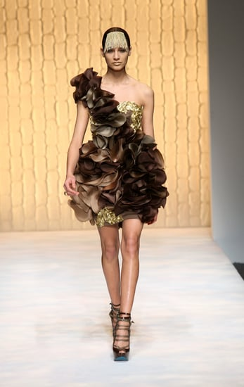 Fashion In 50 Seconds 04/30/09 Met Gala Rumors & More